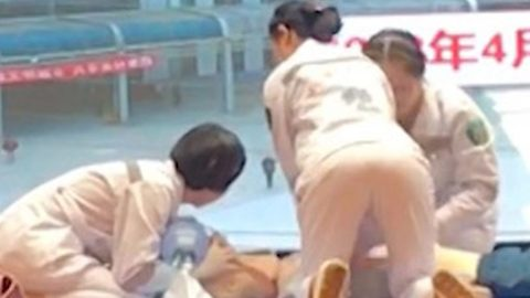 Bizarre video appears to show woman twerking while giving a CPR demonstration