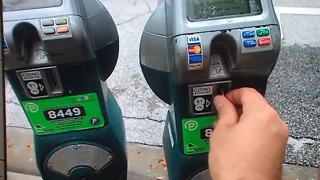 Parking meter glitch in dowtown West Palm Beach - Video