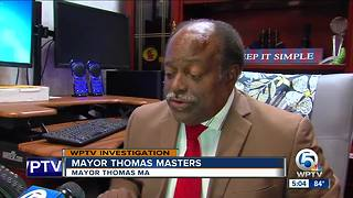 Riviera Beach mayor and police chief meet - Video