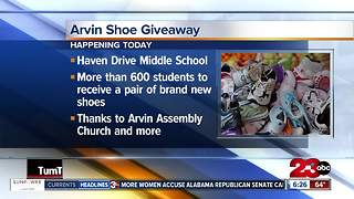 Students in Arvin to receive shoes, socks, and more - Video