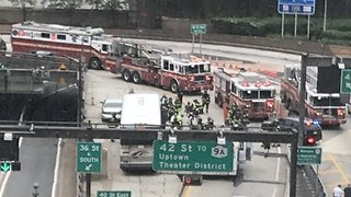 Dozens Injured in Two-Bus Collision in New York's Lincoln Tunnel