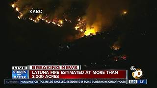 La Tuna Fire Burning in LA Area - Video