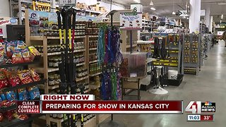 Kansas City residents prepare for snow