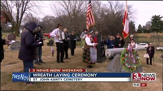 Polish Heritage Society honors veterans with wreath laying
