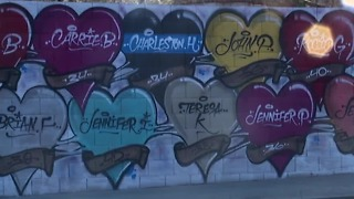 Artist says Vegas Strong Mural was his way to give back - Video