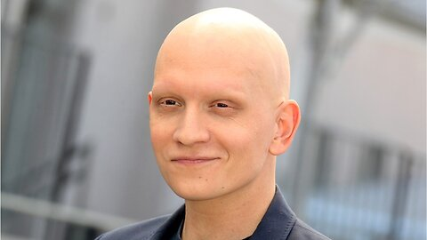 Gotham Star Anthony Carrigan Joins Bill & Ted 3