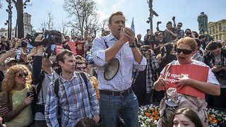 Russian Opposition Leader Reportedly Released From Police Custody