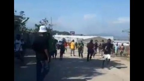 Looting Reported in Port Moresby as Police Storm Parliament Over Pay Dispute