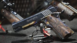 America's Oldest Gunmaker Plans To File For Bankruptcy Protection - Video