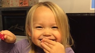Dad Takes Photo of His Daughter Every Day for Three Years - Video