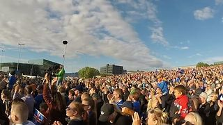 Proud Icelanders Sing for Fallen Heroes - Video