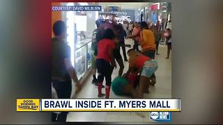 Florida mall brawl caught on video - Video
