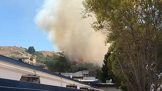 Large Fire Burns Near Moraga High School - Video