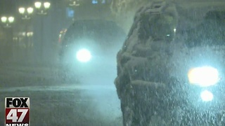First snowfall causes crashes in mid-Michigan - Video