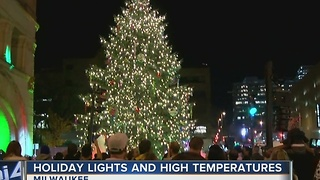 Officials light MKE Christmas Tree Thursday - Video
