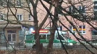 Police Use Loudspeakers to Clear Augsburg Streets on Christmas Day - Video