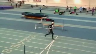 Ninety-five-year-old man smashes running record - Video