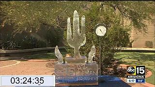 ABC15 ice sculpture takes HOURS to melt in 118 degree weather - Video