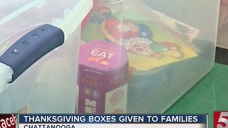 Thanksgiving Care Packages Sent To Families Of Crash Victims - Video