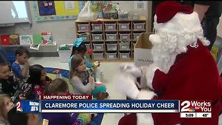 Claremore Police give toys to elementary students - Video