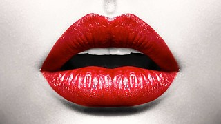 10 Curious Facts About Kissing - Video