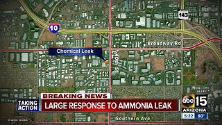 Reddy Ice warehouse in Phoenix evacuated for ammonia leak - Video