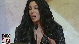 Cher to star in movie about Flint Water Crisis - Video