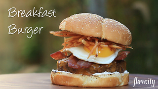 How to make a delicious breakfast burger - Video