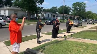 Family hires Mariachi band for grandma's surprise party