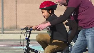 Nonprofit donates 200 bikes to Las Vegas children - Video