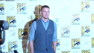 Channing Tatum attends day one of 2017 Comic-Con in California - Video