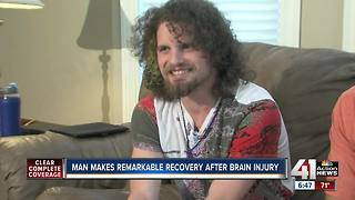 Man makes remarkable recovery after brain injury - Video