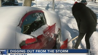 SE Wisconsin Struggles to Dig Out of Latest Snowstorm - Video