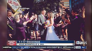 Dozens of weddings in Las Vegas on 7-7-17 - Video