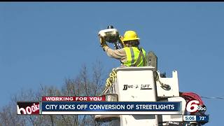 Indy kicks off streetlight conversion to make city streets brighter - Video