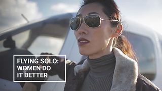 I quit my day job and became China's world-record pilot - Video