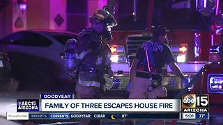 Woman burned in house fire in Goodyear - Video