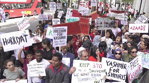 Angry Kashmir protest held outside Indian embassy in London