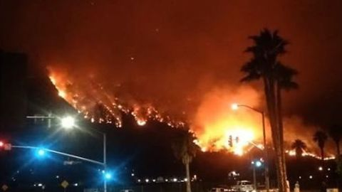 Timelapse Shows Rising Flames of California's Holy Fire