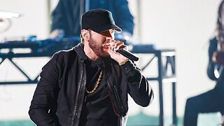 Eminem Faces Intruder In His Living Room