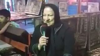 Woman singing a song from Marzieh