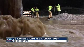 Sheboygan blanketed by lake effect snow - Video