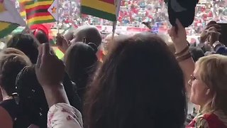 Crowds Celebrate as Mnangagwa Sworn in as Zimbabwe President - Video