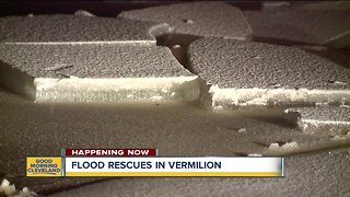 Ice jam causes flooding, evacuations on the Vermillion River - Video
