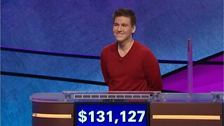 """27-Year-Old Woman Beats Reigning """"Jeopardy!"""" Champ"""