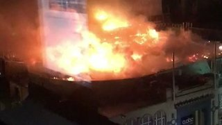 Glasgow Nightclub Catches Fire as Art School Fire Spreads - Video