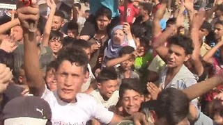 Celebrations in Deir Ezzor as Syrian Media Reports Breaking of Islamic State Siege - Video
