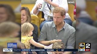 Toddler steals Prince Harry's popcorn - Video