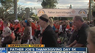 Thousands of Thanksgiving Day runners take over downtown, Balboa Park - Video