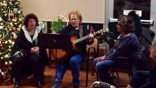 Sisters use music to help Alzheimer's patients - Video